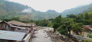 Sungai Meluap: Warga Khawatir Banjir Datang, Kades Tongging Sudah Beritahu ke Dinas PU Karo