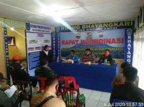 Karo Bebas Asap, Kapolsek Simpang Empat Jadi Narasumber Sosialisasi Cegah Karhutla di Namantran