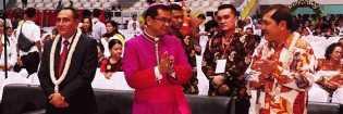 Uskup Agung Medan Undang Bupati Karo Makan Malam