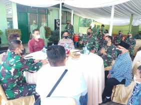 Kunjungi Koramil 02/TP, Ini Pesan Danrem 023/KS Kolonel Inf Febriel B Sikumbang