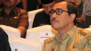 Gubernur Riau Terpilih Berharap Biaya Perjalanan Dinas Ditekan