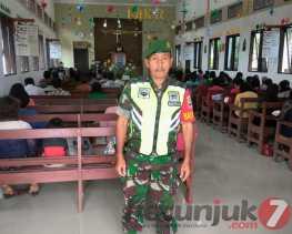 Runitinitas Jaga Kondusifitas Wilayah Binaan, Serma Amirudin Giat Pam di GBKP Desa Juhar Peranginang