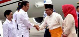 Presiden Jokowi Terima Gelar Adat Kesultanan Deli