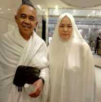 Andi Rachman dan Istri Lebaran di Tanah Suci
