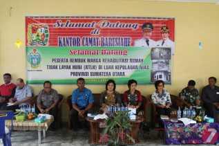 Wabup Karo Menerima Batuan Rehab Rumah Warga Kurang Mampu dari DPKP Sumut