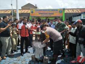 Pengungkapan di Aek Popo: Disaksikan Bupati, Polres Karo Musnakan Sabu 9,004 Kg