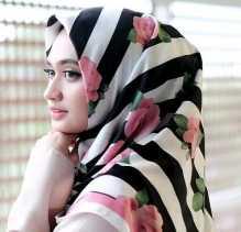 Penampilan Jadi Cantik dan Fresh Dengan Hijab Motif Ramai