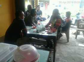 Komsos Bersama Tokoh Pemuda dan Masyarakat Serdang, Babinsa Ajak Memajukan Desa
