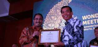 Pekanbaru Raih Penghargaan Unggulan Destinasi Wisata Halal dari Kemenpar