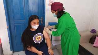 Guna Hentikan Penyebaran COVID-19, Puskesmas Dolatrayat Suntikan Vaksin Kepada Masyarakat