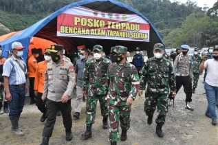 Pangdam I/BB Mayjen TNI Hassanudin  : Kita Datang Bersama Gubernur dan Kapoldasu Juga Turut Prihatin