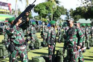 Asops Kasad Cek Kesiapan Satgas Pamtas RI PNG Yonif 123/RW Bersama Danrem 023/KS