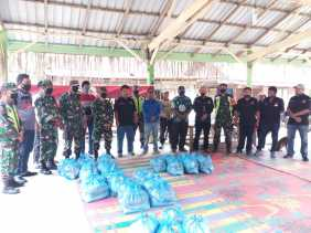 PJTK Salurkan 400 Sembako Kepada 5 Desa di Kecamatan Juhar