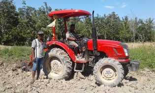 Dapat Bantuan Traktor Multi Guna dari Dinas Pertanian Karo, Rustandi: Kami Terbantu