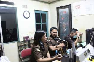 Kejari Karo Gelar Program Jaksa Menyapa Pendengar Radio RBK 98, 9 FM Kabanjahe