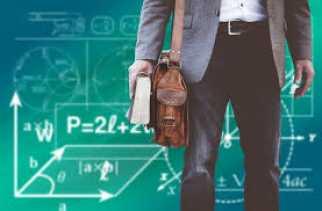Guru Besar Diwajibkan Menulis di Jurnal Bereputasi dan Buku