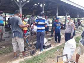 Cegah Covid 19, Anggota TNI -  Polri Tetap Imbau Warga Terkait Prokes di Pasar Mardingding