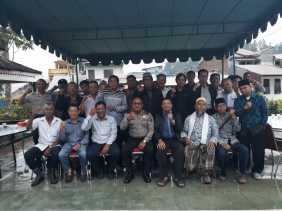 Polsekta Berastagi Gelar Diskusi bersama FKBU Bahas Keamanan dan Toleransi Umat Beragama