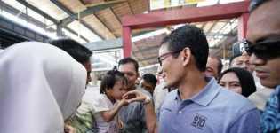 Blusukan Ke Pasar BSD, Sandiaga Soroti Naiknya Harga Kencur