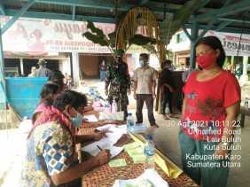 Anggota Babinsa 05/PY Pantau Pemilihan BPD di Wilayah Binaannya
