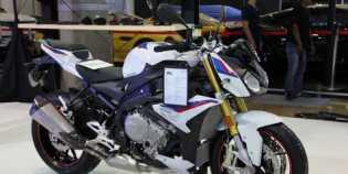 Naked Bike BMW S1000R Harganya Rp595 Juta