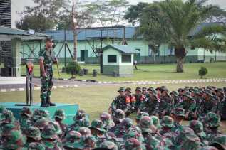Danbrigif 7/RR Buka Latihan Pratugas Operasi Pengamanan Perbatasan RI - PGN di Yonif 125/SMB