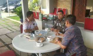 Moeldoko: Tak Ada Muatan Politik Gelar Adat Melayu untuk Presiden Jokowi