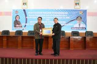 Pemkab Karo Terima Piagam Penghargaan dari Menteri Keuangan Atas Capaian Opini WTP
