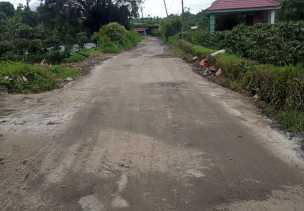 Anggota DPRD Karo Apresiasi Pemkab yang Mulai Perbaiki Jalan Rusak di Merdeka - Cintarayat