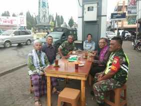 Danramil 03/Berastagi Gelar Coffee Morning Bersama Tokoh Agama dan Masyarakat