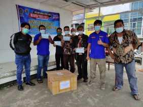 Karang Taruna Kelurahan Padang Mas Kabanjahe Salurkan Bantuan Dari Kemensos