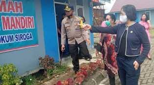 Bupati Karo Dampingi Anggota DPD RI Resmikan Rumah Paguh di Desa Ndokum Siroga