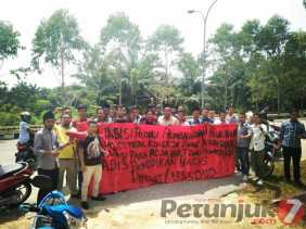 Demo APPP Supaya Kadisdik  Dicopot, Gagal Sukseskan Program Bupati...!