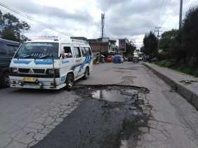 Titik - titik Jalan Rusak dan Berlobang Diseputaran Jalan Kapten Pala  Bangun, Lodah, dan..