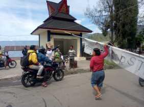 Dinas Pariwisata Karo Perpanjangan Penutupan Objek Wisata: Pengunjung ke Desa Tongging Tampak Ramai