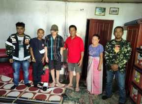 Ketua PC PPM Karo Berikan Bantuan Kepada Penderita Tumor Ganas Di Desa Semangat Atas Nama Ramadhan S
