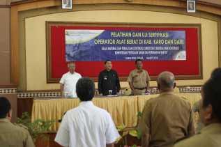 Operator Alat Berat di Kabupaten Karo dan Dairi Dilatih dan Uji Kompetensi