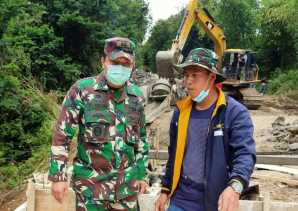 Warga Ucap Terima Kasih Dibangun Jembatan di Kacaribu, Dandim 0205/TK: Kepedulian TNI Kepada Rakyat