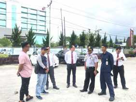 Dishub Tinjau Halte Bus Trans Metro Pekanbaru yang Dibangun RS Eka Hospital