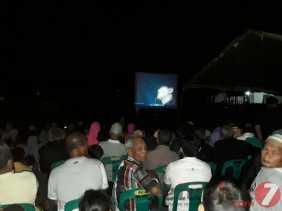 Ribuan Orang Nobar Bahaya Narkoba dan G30S/PKI di Lapangan Kodim 0212/TS