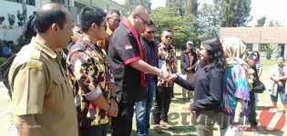 DPD PMS Jabodetabek & Paruderude Group Salurkan Tali Asih Tahap ll ke Siswa/i SMAN Tiganderket
