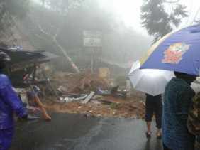 Banjir dan Longsor: Jabar Tetapkan Status Siaga Darurat Bencana Hingga Mei 2018