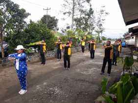 Perkuat Solidaritas, Personel Polsek Simpang Empat - Koramil 04/SE Senam Bersama