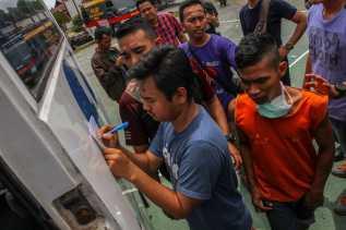 Pasca Kerusuhan dan Pembakaran, 2 Pleton Brimob Polda Riau Kawal Pemindahan Napi Rutan Siak