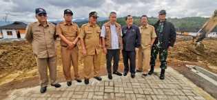 BNPB Didampingi Bupati Karo Tinjau Pembangunan  Huntap Tahap III di Siosar