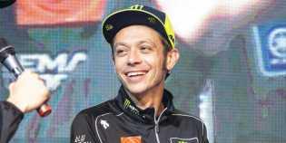 Valentino Rossi di Usia 40, Ini Harapan Baik Jorge Lorenzo
