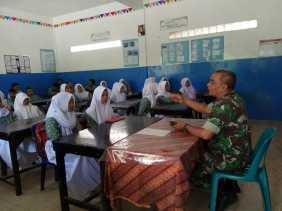 Dan Bahaya Narkoba, Danramil/03 Berastagi di SMA Alkaromah Bekali Siswa/i Wawasan Kebangsaan