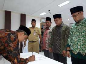 Jelang Pilkada, Pamwaslih Lantik Anggota Pamwascam se-Kota Padangsidimpuan