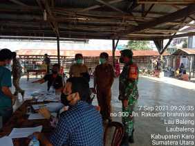 Jajaran Kodim 0205/TK Kawal Vaksinasi Sekabupaten Karo