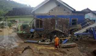 Presiden Jokowi: Pemulihan Banjir Pacitan Ditarget Selesai Januari
